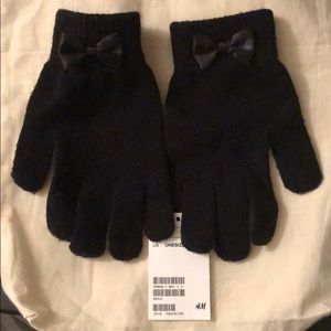 Black H&M gloves